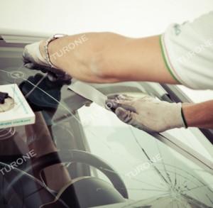 Carglass Caltanissetta: solo con Officina mobile